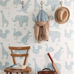We cant resist an unapologetically playful wallpaper in a kids room, like the cute creature wall covering shown here. Boys Bedroom Wallpaper, Tier Wallpaper, White Wallpaper, Wallpaper Childrens Room, Children Wallpaper, Beautiful Wallpaper, Wallpaper Wallpapers, Wallpaper Ideas, Project Nursery