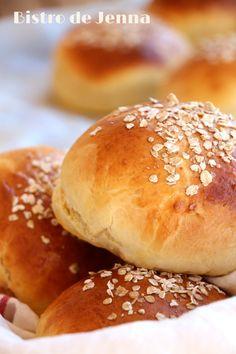 Petits pains au beurre #recette #brioche #facile