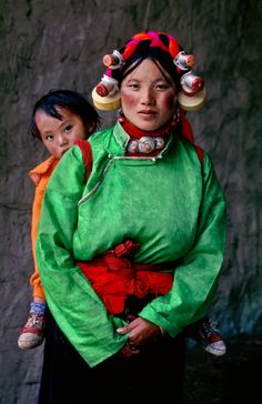 Tagong, Kham, Tibet / Photography by Steve McCurry / Here you can download Steve's FREE PDF Catalog and order PRINTS /stevemccurry.com/...