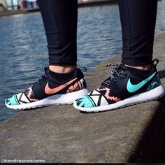 Nike shoes Nike roshe Nike Air Max Nike free run Nike USD. Nike Nike Nike love love love~~~want want want! Nike Shoes Cheap, Nike Free Shoes, Nike Shoes Outlet, Running Shoes Nike, Cheap Nike, Running Tights, Cute Shoes, Me Too Shoes, Trendy Shoes