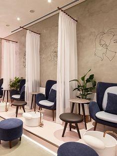 H2R Softens an Industrial Salon in Abu Dhabi