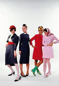PUCCI Braniff-Stewardessen-Uniformen (Foto: ©Braniff Collection)