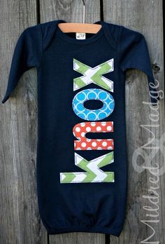 Hand appliqued navy newborn baby gown with aqua chevron and orange dots for goin - Knox Baby Name - Ideas of Knox Baby Name - Hand appliqued navy newborn baby gown with aqua chevron and orange dots for going home outfit Baby Chevron, Going Home Outfit, Hand Applique, Baby Gown, Everything Baby, Baby Time, Baby Sewing, Baby Fever, Scrappy Quilts