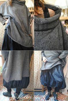 MLLE+CAPUCINE+:+Pull+tunique+laine+et+tulle,+jupe+boule+noire+RUNDHOLZ,+chaussures+TRIPPEN.