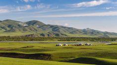 Parc naturel de Khorgo-Terkhiin Tsagaan Nuur, Mongolie#Parc abritant 2 merveilles mongoles : le volcan éteint de Khorgo, couvert d'un basalte ayant pris des formes étranges, et Tekhiin Tsagaan Nuur, « lac blanc » sauvage.#http://urlz.fr/3m5S#mymongolia.travel