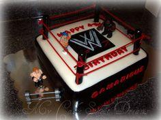 WWE Wrestling cake....mmmmmmm....Maybe his next birthday cake? ^_^