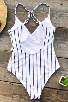 Cupshe Stay Young Stripe One-piece Swimsuit