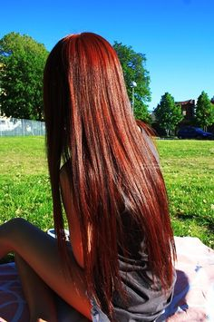 Like the color....makes me miss my long hair
