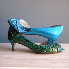 Tripping the Light... One of a Kind Wedding Shoes | OneWed
