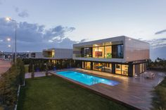 BK House by Bahadır Kul Architects 5 Modern Turkish City Home Design Introduces Eye Caching Architectural Candy