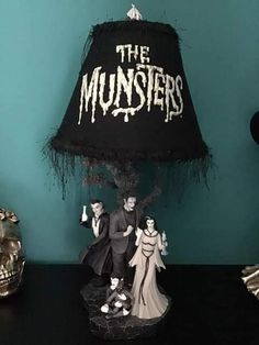 Munsters Tv Show, The Munsters, Vintage Goth, Vintage Horror, Monster Decorations, Halloween Decorations, Evil Pics, Vampire House, Ali Hewson