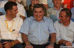 Miguel Indurain, Eddy Merckx and Bernard Hinault enjoying the show