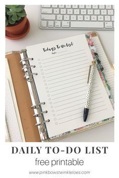 FREE Productivity Printable - Today's To-Do List print - Daily To-Do printable for A5 planners and mini binders - check off all of your daily to-dos with this stylish + simple printable