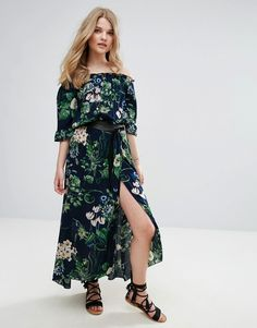 Buy it now. QED London Off Shoulder Floral Print Maxi Dress - Navy. Maxi dress by QED London, Lightweight woven fabric, Soft-touch finish, Floral print, Off-shoulder design, Stretch trims, Relaxed fit, Machine wash, 100% Viscose, Our model wears a UK S/EU S/US S and is 175cm/5'9 tall. , vestidoinformal, casual, camiseta, playeros, informales, túnica, estilocamiseta, camisola, vestidodealgodón, vestidosdealgodón, verano, informal, playa, playero, capa, capas, vestidobabydoll, camisole, tún...