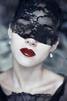 lace mask | Tumblr