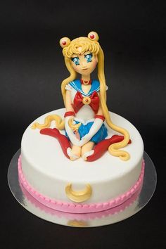 sailor moon cake - The Cake Lovers