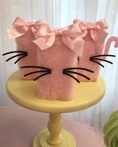 Cat Birthday, Mermaid Birthday, 1st Birthday Parties, Birthday Ideas, Kitten Party, Cat Party, Ideas Para Fiestas, Party Bags, Party Time