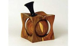 Bottle In A Cube - The Woodworkers Institute