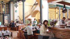 La Imprenta es un singular restaurante ubicado en lo que fuera la imprenta La Habanera durante el siglo XIX y uno de nuestro lugares favoritos para almorzar en La Habana Vieja.