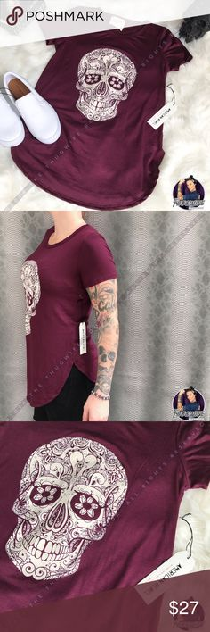 Wine skull shirt sleeve t shirt NWT Edgy tunic, great deep wine color, white lace skull on front, scoop bottom with side slits. Perfect trendy top with leggings & jeans American Rebel Tops Tees - Short Sleeve