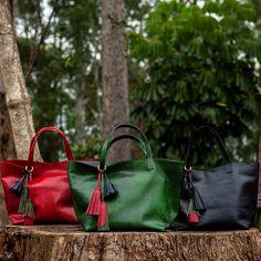 Bolsa Esmeralda nas três cores da coleção Turquia, Dervish Bags. Conheça: www.dervishbags.com.br