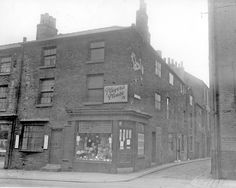 Print details report for Sheffield, Old Photos, Yorkshire, History, Street, Old Pictures, Historia, Vintage Photos, Walkway