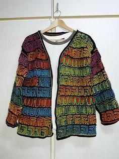 Crochet Jacket, Crochet Cardigan, Hairstyle Trends, Crochet Stitches, Crochet Patterns, Free Crochet, Knit Crochet, Fitness Tattoos, Moda Emo