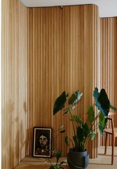 Amazing Timber Cladding Ideas to Spike up Your Building Design Interior Architecture, Interior And Exterior, Interior Doors, Interior Cladding, Kitchen Interior, Wood Interior Walls, Design Kitchen, Timber Cladding, Cladding Ideas