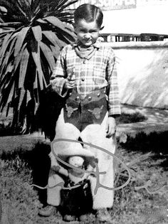 James Dean dressed as a cowboy on his 7th birthday