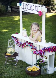 lemonade stand made from pallets