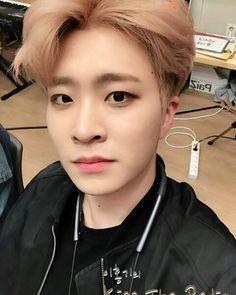 240317 GOT7 @ KBS CoolFM Lee Hongki's Kiss The Radio   Youngjae