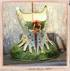 Melanie Bourlon corsets