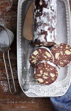 o lasam sa se raceasca minute sau pana Sweets Recipes, Easy Desserts, Delicious Desserts, Cake Recipes, Cooking Recipes, Romanian Desserts, Romanian Food, Good Food, Yummy Food