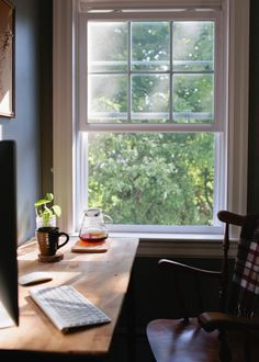 30 Best Home Office Window Design Ideas For Fun Work Hygge, Window Desk, Open Window, Window View, August Home, Decoration Chic, Home Office Desks, Office Table, Office Decor