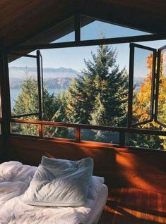 this is what I'm looking for in my future house Future House, My House, Beautiful Homes, Beautiful Places, Beautiful Scenery, Stunning View, Beautiful Pictures, Interior And Exterior, Interior Design