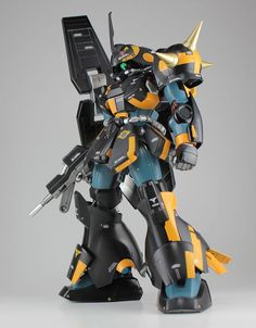 MG 1/100 Marasai Modeled by Kouichi *Love the color scheme* CLICK HERE TO VIEW FULL POST...