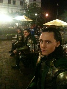 Tom Hiddleston with his body doubles in the background, for the multiplication scene in The Avengers.
