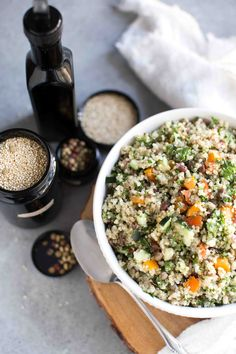 Copycat Costco Quinoa Salad Recipe: Even more fresh, healthy and delicious. Perfect for picnic/ BBQ season, clean eating approved & easy! Vegan + Vegetarian healthy side dish
