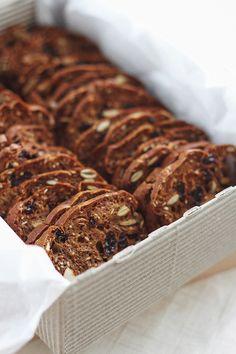 Rosemary, Raisin & Almond Crisps | Fig & Honey (Trader Joe's copycat recipe!)