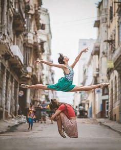 cuban ballet dancers in the street. / sfgirlbybay