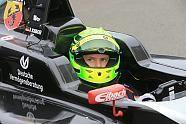 Oschersleben 2015 F4-Debüt von Mick Schumacher - ADAC Formel 4 Bilder Fotos bei Motorsport-Magazin.com