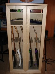 Cómo montar tu armario para guitarras casero con un armario en kit de Ikea. Soluciones prácticas y económicas con Piratas de Ikea.