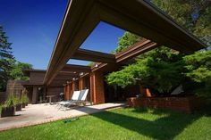 Frank Lloyd Wright had a dream called Schwartz House. See more, click on the image.