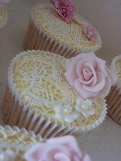 Vintage Lace Cupcakes