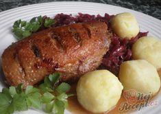 Konfitovaná kachní prsa s červeným zelím a bramborovo-cuketovými knedlíčky | NejRecept.cz China Food, Finger Foods, Steak, Pork, Treats, Chicken, Recipes, Fitness, Hampers