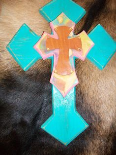 Home Decor Wall Cross... find more on facebook under Blingin Cowgirl Designs or check out blingincowgirldesign.sharemyartwork.com