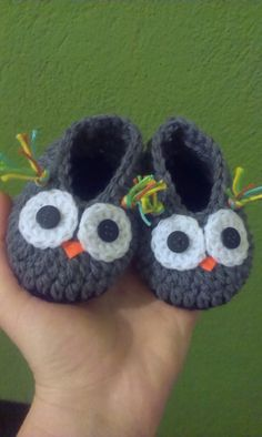 Crochet baby boy owl slippers by CrochetCookies on Etsy, €4.99