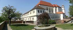 castle Špilberk, Brno, Czech republic Beautiful Places In The World, Czech Republic, Castle, Mansions, House Styles, Travel, Home Decor, Viajes, Decoration Home