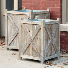 Reclaimed Wood Box Planters, Set of will give your patio and porch a farmhouse punch of style. Visit Antique Farmhouse for more planters. Diy Wooden Planters, Tall Planters, Wood Planter Box, Outdoor Planters, Garden Planters, Wooden Diy, Outdoor Decor, Cedar Planters, Garden Trellis