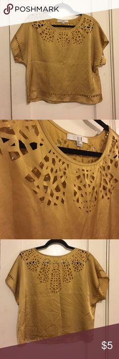 XXI cut-out top Golden cut out shimmer top Forever 21 Tops Blouses